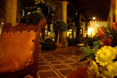 Patio de San angel Inn