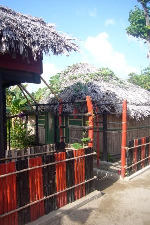 Entrada de la casa de Nixia y Mateo en Cartí Tupile