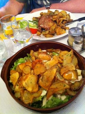 Cena en el Relais Gascón.Montmartre.París
