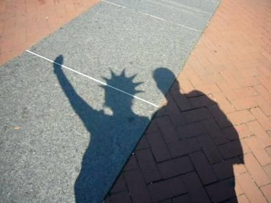 sombras de la estatua de la libertad