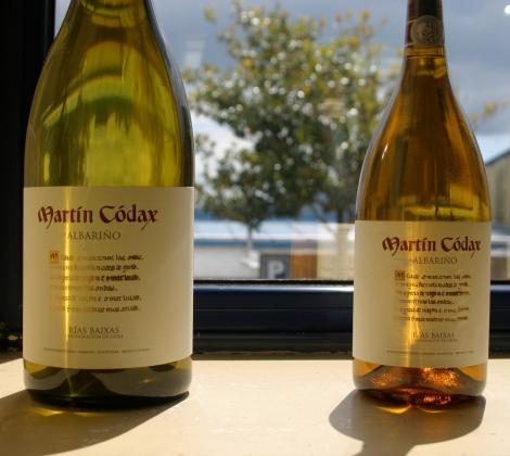 Botellas de vino albariño Martín Códax