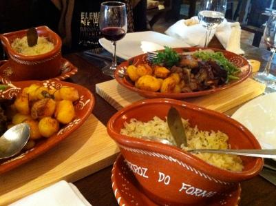 Cabrito al horno, un plato típico de la gastronomía portuguesa