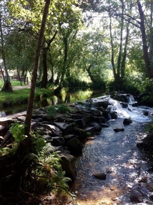 Ruta da Pedra e da Auga en el río Armenteira.
