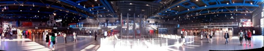 Interior del Centro Pompidou en París