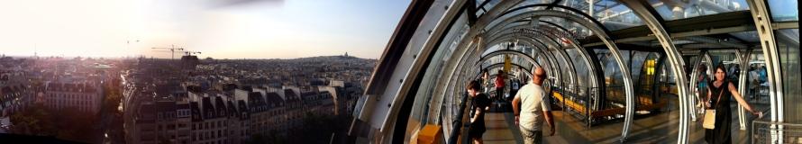 Vistas del Marais desde la escalera mecánica exterior del Centro Pompidou
