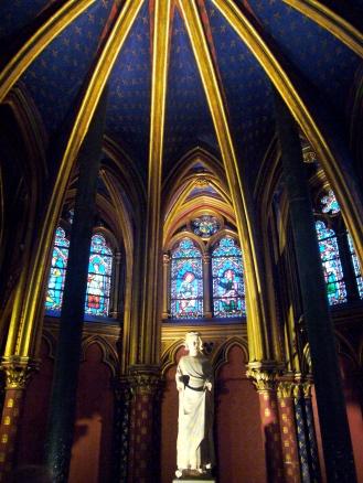 Cripta de la Sainte Chapelle en París