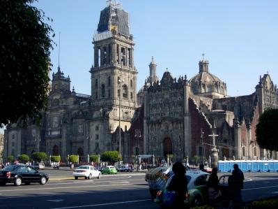 Plaza del zócalo en ciudad de México con la Catedral Metropolitana