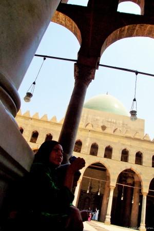 Bebiendo una Pepsi en la Gran Mezquita de Saladino