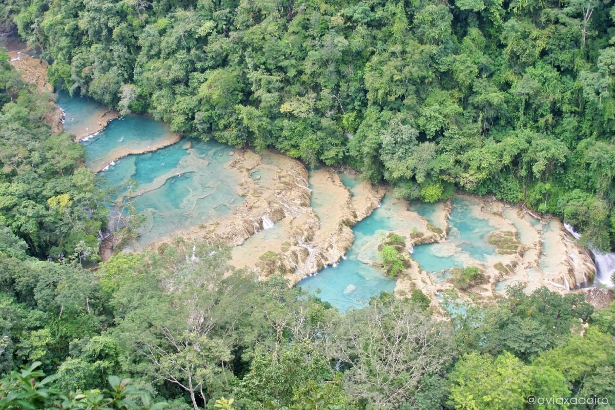La loca aventura de visitar las cascadas de Semuc Champey