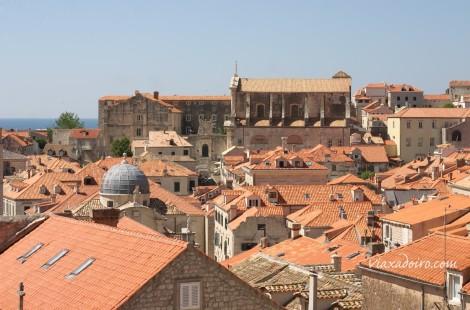 Vista de la Dubrovnik desde el paseo de ronda de la muralla